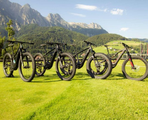 Specialized_E-Bikes_2016_Bild1